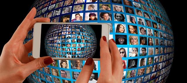 Quels sont les moyens de communication sur internet